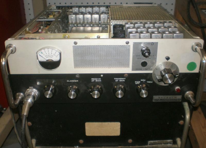 Vintage commercial radios like this Harris RF-201M hybrid SSB/AM transceiver get new life with a four channel board and Epson oscillator with sufficient accuracy for SSB.