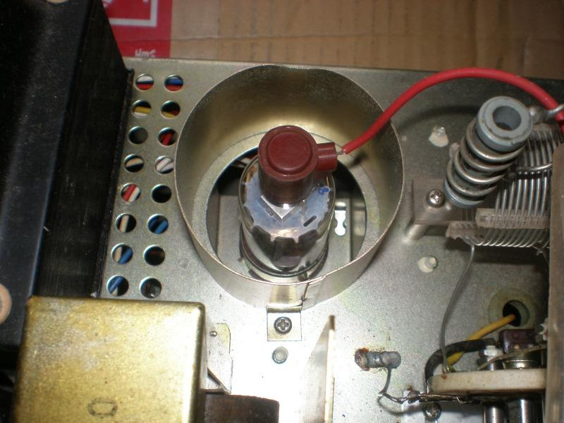 PA tube is 2E26 for low power class license