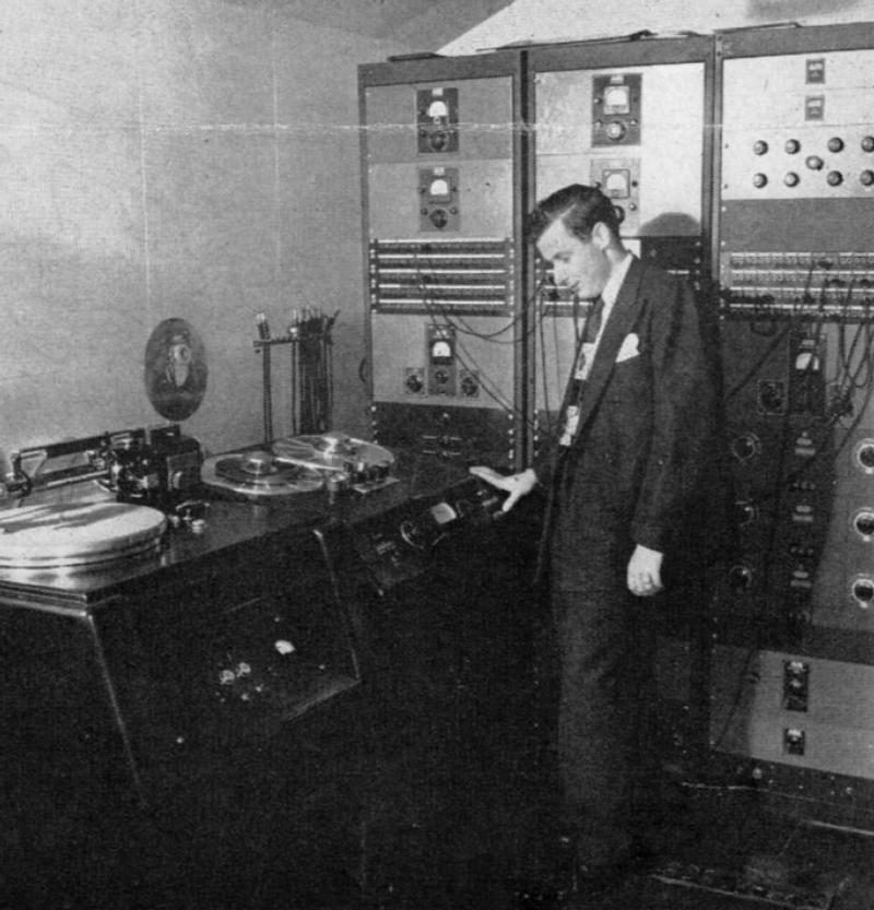 Recording Engineer Bob Fine in the Reeves cutting room