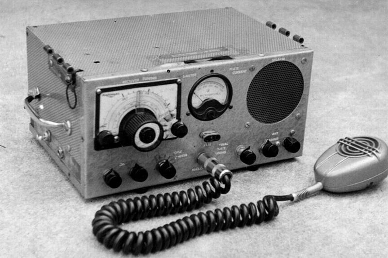 CD-10 transmitter-receiver